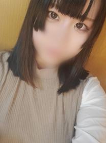 新橋ぽっちゃり風俗 ぽちゃカワイイ! 【未経験18歳】あかね